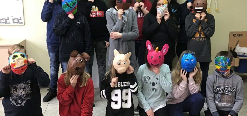 Wir Alle Tragen Masken